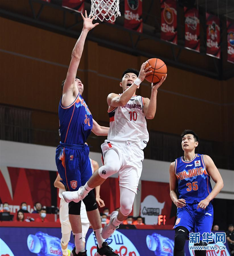 (Sports) (1) Basketball-CBA Phase One: Xinjiang Yili Te wins the era, Guangzhou, China
