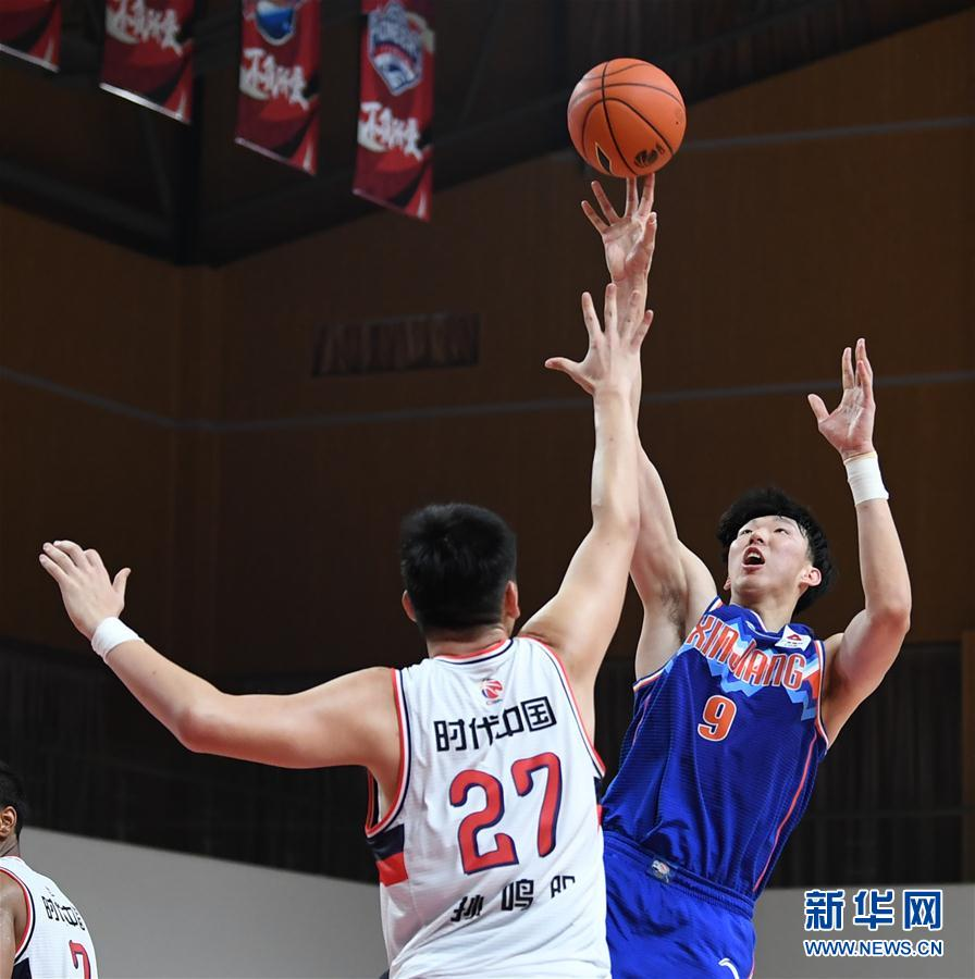 (Sports) (5) Basketball-CBA Phase One: Xinjiang Yili Te wins the era, Guangzhou, China